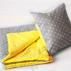 pokoik dziecka zestaw przedszkolaka serduszka żółty, koc, poduszka