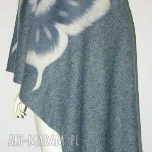 szaliki szal filcowany wełną zdobiony, motyle, moda, filcowanie, urodziny, prezent