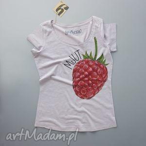 MJUT MALINA bluzka z nadrukiem, dekolt, tshirt, koszulka