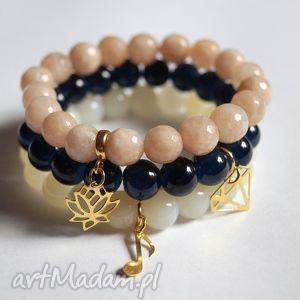 bransoleta real gold lotus beige jade, zawieszka, charms, lotos, kwiat, jadeity, 925