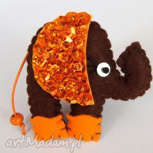 cekinowy słoń - broszka z filcu - filc, słoń, cekiny, błyszczący