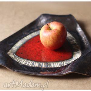 ceramika trójkątna patera z czerwonym okiem duża, ceramika, patera
