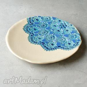 Ceramiczna patera, talerz, koronka, folk, rustic, stół