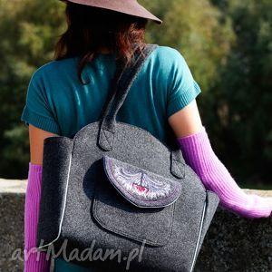 na ramię tulip - duża torba kuferek z filcu haftem, elegancka, wygodna, filc