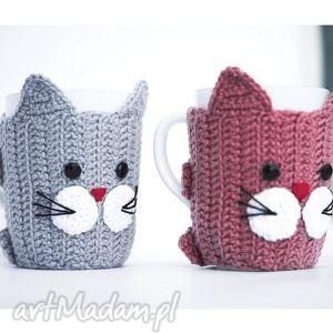 zestaw 2 kubków w ocieplaczach , kot, kotek, koty, kubek, kubeczek, ocieplacz dom