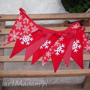idą święta girlanda świąteczna białe śnieżynki, święta, świąteczny