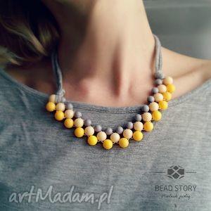 naszyjniki szarość z żółtym, korale, naszyjnik, wiosenny, pastele, street biżuteria