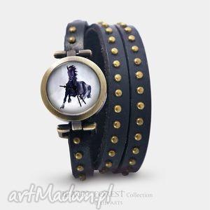 zegarki bransoletka, zegarek - czarny koń czarny, nity, skórzany, bransoletka