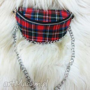 prezenty na święta, torebka nerka w kratkę, nerka, krata, łąńcuch, szkocka, trendy