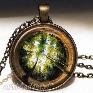 las - duży medalion z łańcuszkiem - las, drzewa, medalion, duży, prezent