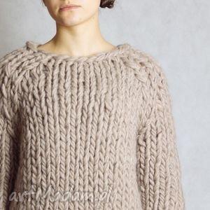 warm-beige Chunky, sweter, gruby, druty, wełna, chunky