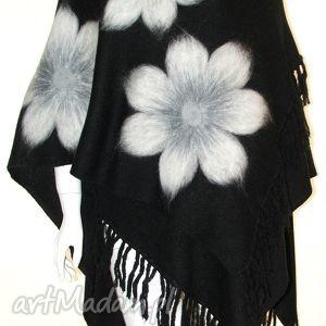 poncho ponczo z frędzlami wełną zdobione, wełna, filcowanie, kwiaty, pawie, prezent