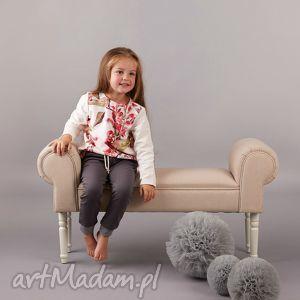 wyjątkowe prezenty, spodnie z zakładkami, spodnie, zakładki, dziewczęce, bawełna