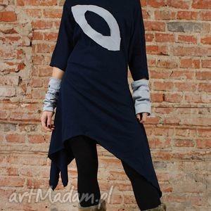 unikalny prezent, asymetric navy blue, asymetryczna, dresowa, oversizowa, efektowna
