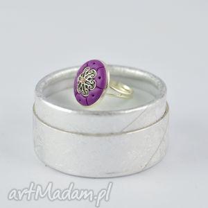 oryginalny romantyczny pierścionek w kolorze fioletu- 2404, pierścieć