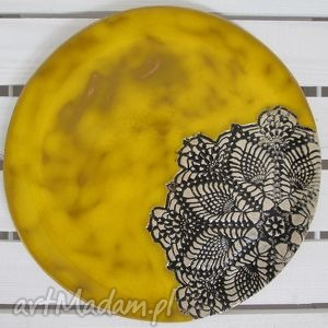 ceramika żółta z koronką, koronkowa, patera, ceramiczna, talerz, ceramiczny