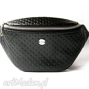 Black Dots nerka /saszetka, nerka, saszetka, pikowana, kropki, elegancka, autorska