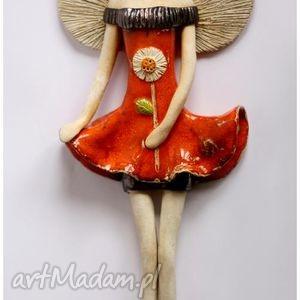 anioł wiszący pomarańczowy z kwiatem, anioł, aniołek, anielica ceramika dom