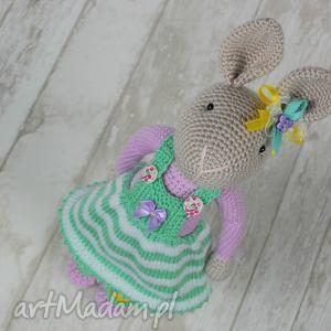 Prezent Szydełkowy króliczek Chloe, króliczek, przytulanka, maskotka, dziewczynka
