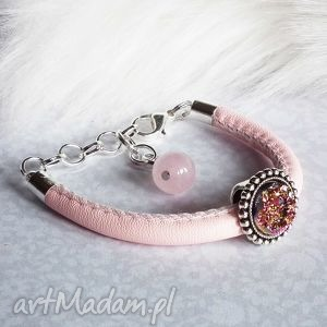 pudrowa królewna - różowa bransoletka dla dziewczynki z oczkiem druzy, róż
