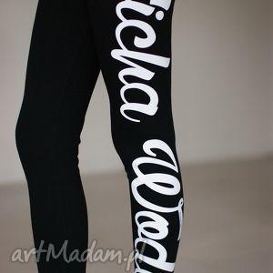 fajne modne legginsy bawełniane z napisami , redmasterclothes, modne