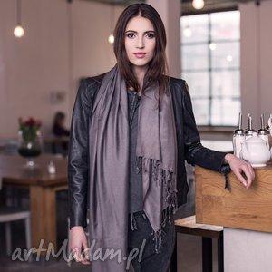 szaliki duży wiskozowy szal z frędzlami grafit szarość, wiskoza, elegancki, klasyczny