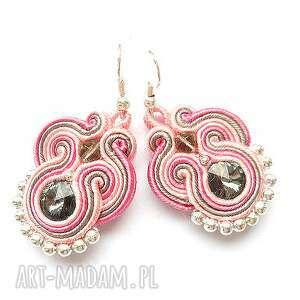 pastelowe kolczyki sutasz z kryształkami swarovski w różu i szarości, kryształki