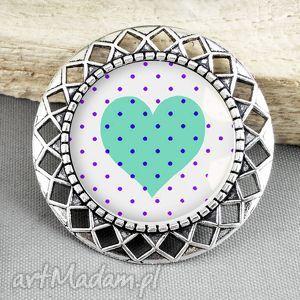 stylowa broszka z sercem w szkle, stylizowana, antyczny, antyk, srebrna, serce
