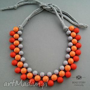 szary z pomarańczem, korale, naszyjnik, wiosenny, kolorowy, street naszyjniki