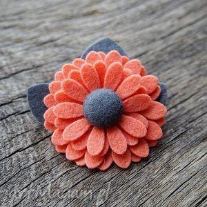 broszka - broszka, kwiatek, filc, prezent, święta