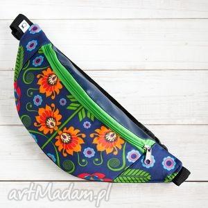 folkowa nerka w łowickie kwiaty granat , folk, etno, ludowy, łowickie, boho torebki