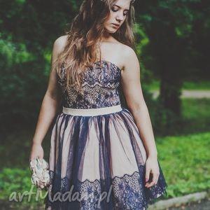 sukienka koronkowa klaudia, gorset, fiszbiny, halka, koktajlowa, koronka, studniówka