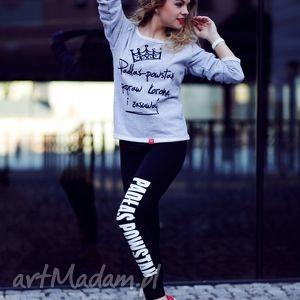 młodzieżowe legginsy czarne z napisem do biegania, redmasterclothes, dobiegania