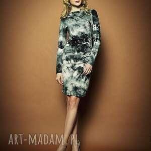 sukienki mili - ręcznie farbowana z marszczeniami, farbowana, ręcznie, wysmuklająca