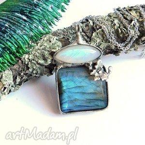 wisiorek z motylkiem - labradoryt, kamień, księżycowy, niebieski, wisiorek