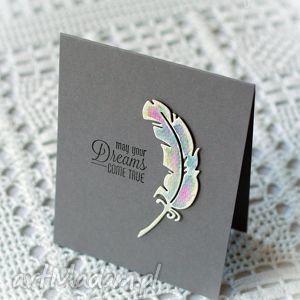 minimalistyczna kartka z malowanym piórkiem, piórko, prióro, dreams, come, true