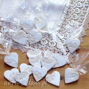 ślub ceramiczne magnesy, upominki, ceramiczne, koronka, podziekowania