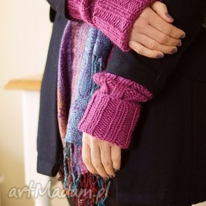 rękawki w amarancie - rękawiczki, rękawki, mitenki, płaszcz, dziergane