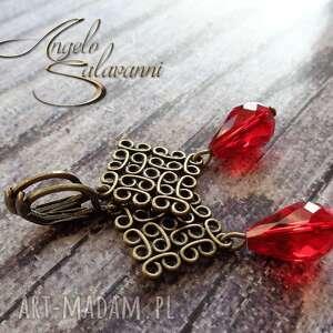 kolczyki z czerwonymi kryształkami, kolczyki, ażurowe, kryształki, krople