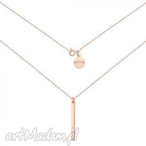 naszyjnik z różowego złota blaszką i kryształkami swarovski crystal, modny