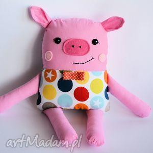 maskotki chrumka, świnka z klasą - olek, świnka, chłopczyk, maskotka, przytulanka