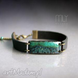 alga, plamki, ceramika, błyszczące, szkliwione, rzemień, skóra biżuteria, świąteczny