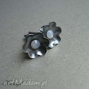 kolczyki kwiatuszki - śnieżne, srebro, swarovski, kwiatuszki