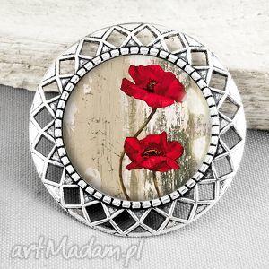 broszka z makami w szkle - kwiaty, maki, czerwień, czerwona, stylowa, prezent