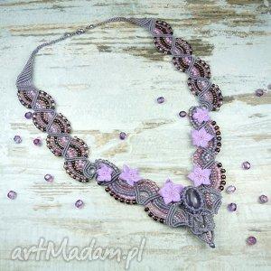 Kobiecy naszyjnik z kamieniem ametrynu i szklanymi koralikami, romantyczny, delikatny