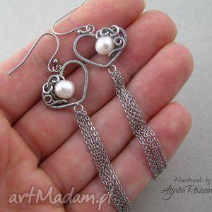 Długie kolczyki serca z perłami, wire wrapping, stal chirurgiczna, długie,