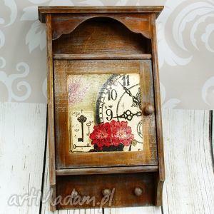 wieszaki szafka na klucze- retro zegar, skrzynka, klucze, szafka, prezent, drewno