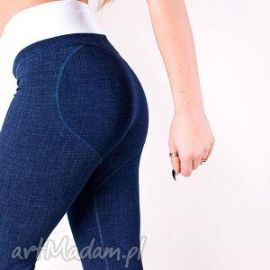 sportowe legginsy dżinsowe spodnie push up z sercem na pupie wysokim stanem m