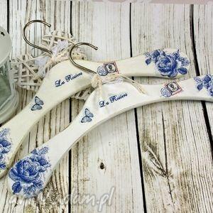 wieszaki komplet wieszaków -blue roses, wieszaki, drewmniane, róże dom
