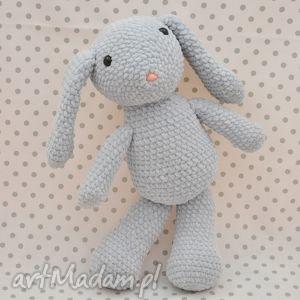 króliczek szaraczek - maskotka szydełkowa, maskotka, królik, króliczek, szary